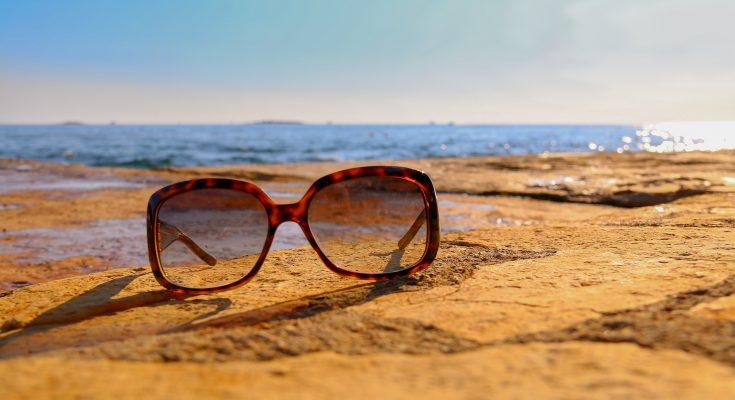 cheap-bamboo-sunglasses